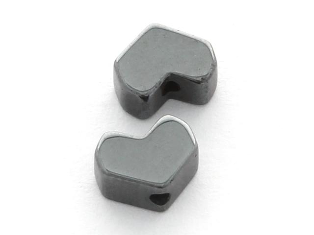 Hematit hranaté srdíčko 5x6,5x2mm