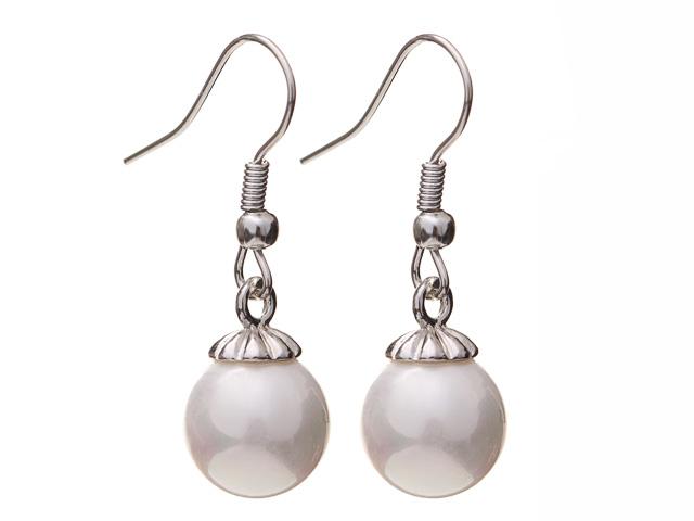 Náušnice bílá shell perla 10 mm