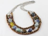 Vícepramenný náhrdelník různé kameny a zlatohnědý krištál