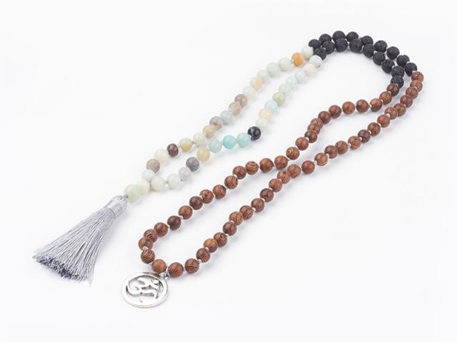 Náhrdelník amazonit, lávový kámen a dřevěné korálky se střapcem
