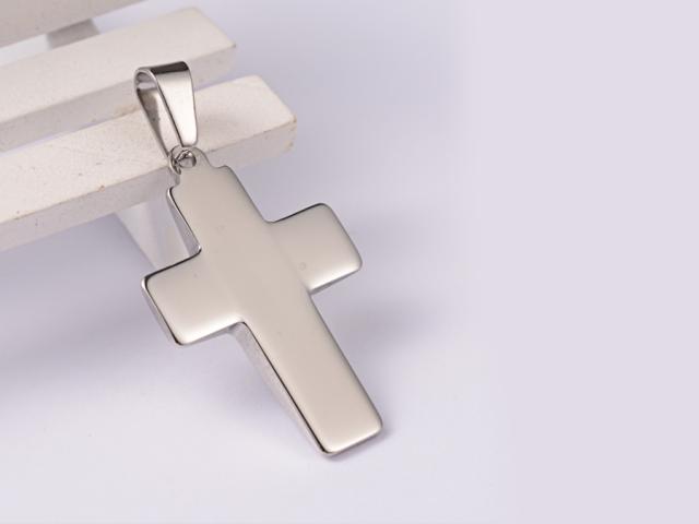 Ocelový přívěsek plochý kříž