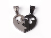Ocelový dvojpřívěsek - puzzle srdce - stříbrný a gunmetal